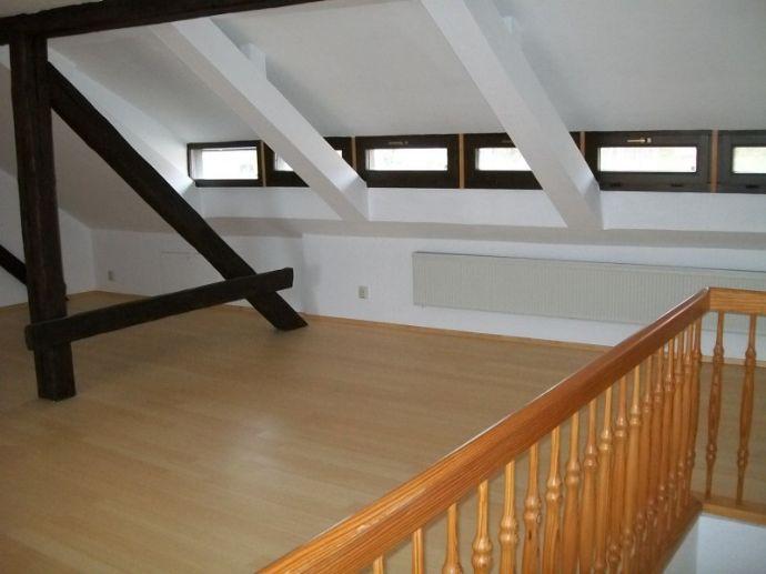Großzügige 2-Raum-Maisonette-Wohnung