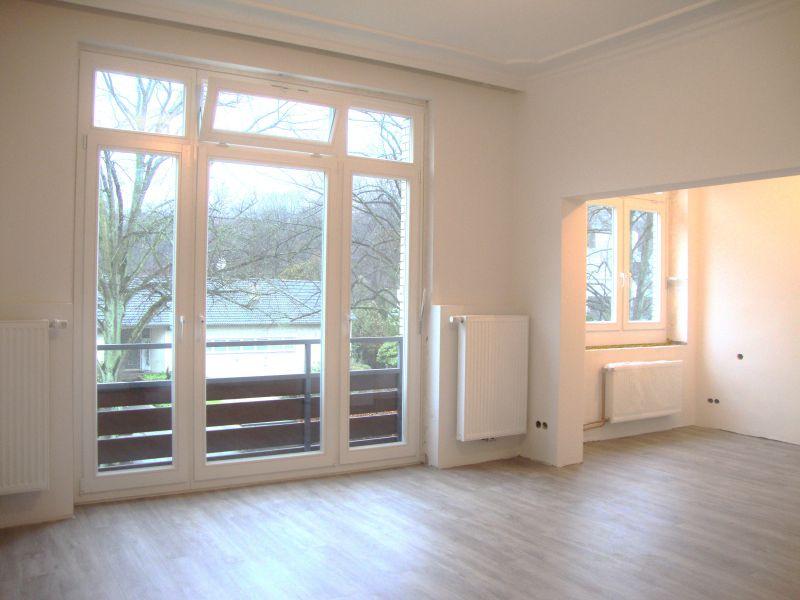 1,5 Zimmer Altbaucharme mit Neubaukomfort, topsaniert, bezugsfertig