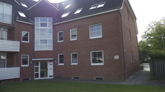 3 - Zi. Wohnung im Hochparterre mit Balkon und Tiefgaragenstellplatz