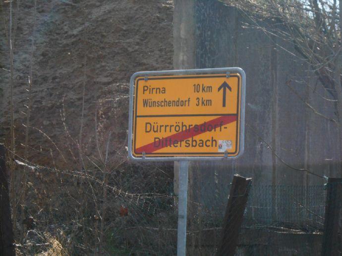 Zwangsversteigerung, bezugsfreie 3-Zi.-Wohnung ca. 70m² mit Aussichtbalkon, ca. 25 km nach Dresden