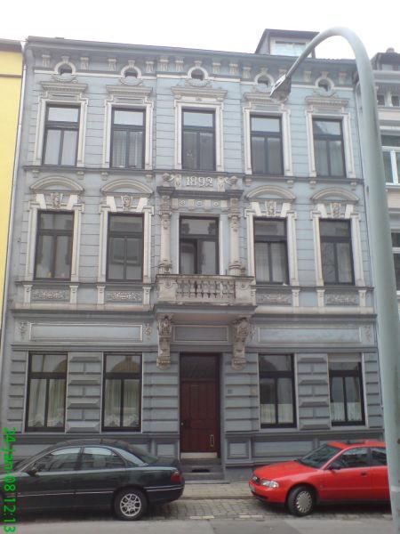 3.5 Zmmerwohnung im 3. Obergeschoss in einem der schönsten Gründerzeitgebäude Duisburgs