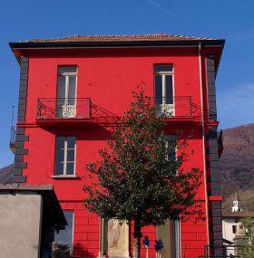 Stadthaus in Bedigliora