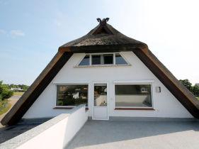 reetdachhaus mecklenburg vorpommern kaufen bei. Black Bedroom Furniture Sets. Home Design Ideas