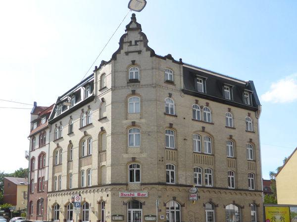 Kassel-Wehlheiden: 4-Zimmer-Wohnung- Ideal für eine Wohngemeinschaft!
