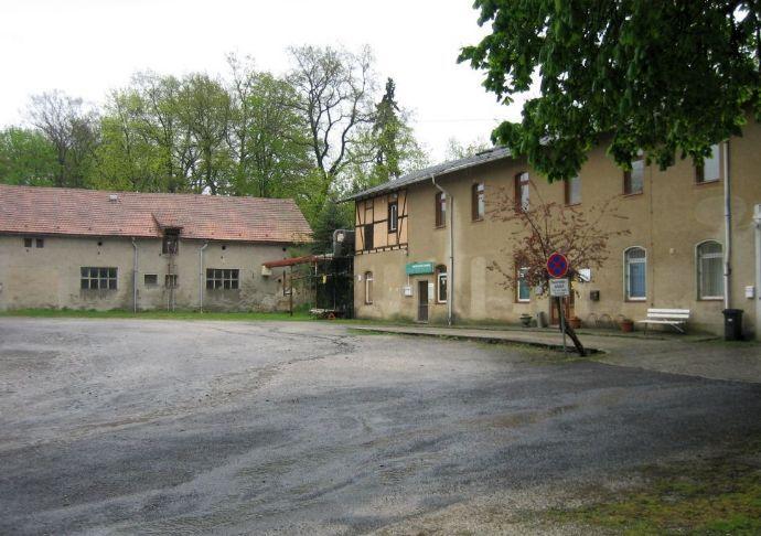 Zweiseitenhof als Wohn- und Gewerbeobjekt mit großem Grundstück
