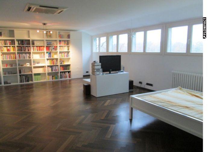 Entspanntes Wohnen Im Grünen. Moderne 5 Zimmer Wohnung Mit Sonnenterrasse  Im Zweifamilienhaus