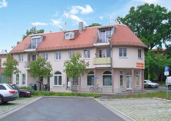 Helle 2-Raum-Wohnung mit Balkon - Sorglosimmobilie mit Rendite in Großenhain