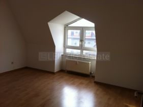 Schöne 2-Zimmer Dachgeschoßwohnung