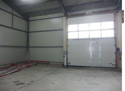 ERSTBEZUG: Lagerhalle in Parzellen aufgeteilt zu je 80 m² bis 320 m²...