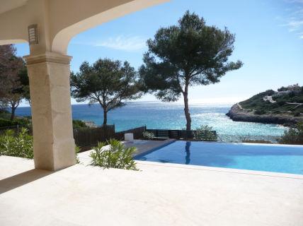 Traumhaftes Anwesen in erster Meereslinie, direkt am Strand mit spektakulärem...