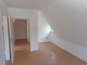 Dachgeschosswohnung in Löhne  - Löhne