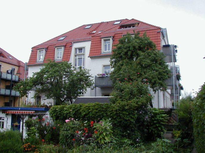 Sonn. 2-RW m. großem sonnigen Balkon direkt an den Kleingärten in DD-Mickten