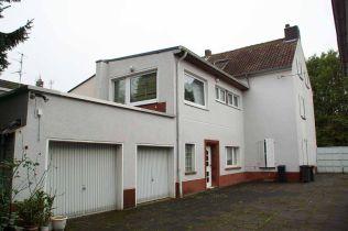 Zweifamilienhaus in Köln  - Merheim