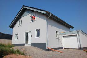 Haus Mit Garage Mechernich Antweiler Kaufen Bei Immonet De