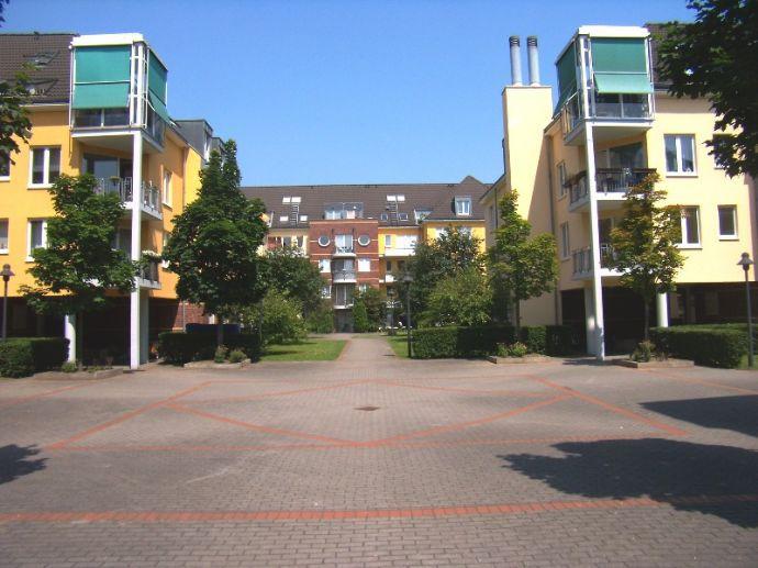 TOP Wohnanlage ; Schöne Aussicht, chices Appartement. Küche Diele Balkon, 36 m²,