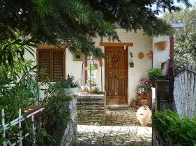 Landhaus in Montasola