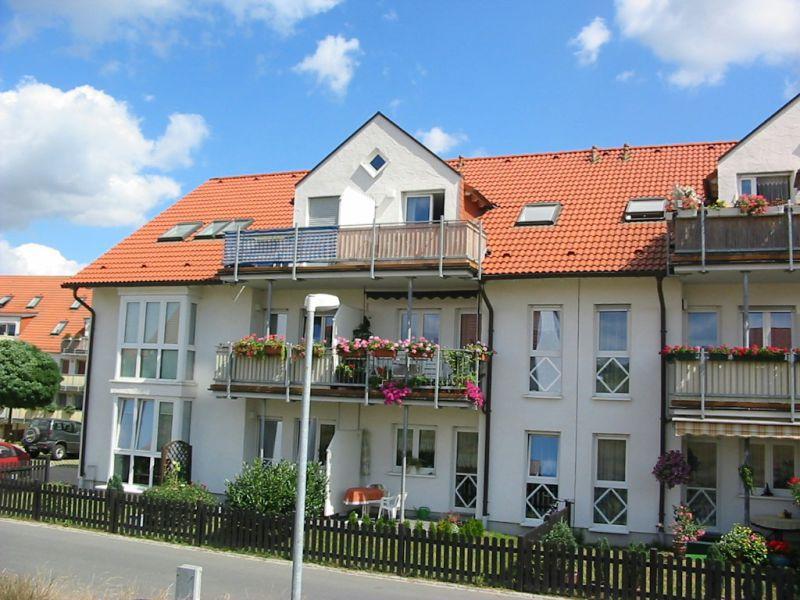 Sonnige 3-RW mit Wohnküche und Balkon in Radeburg