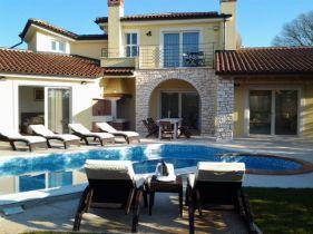 Villa in Kastelir