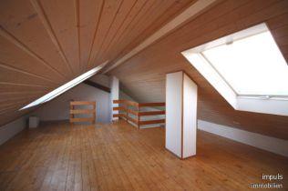 Dachgeschosswohnung in Frechen  - Habbelrath
