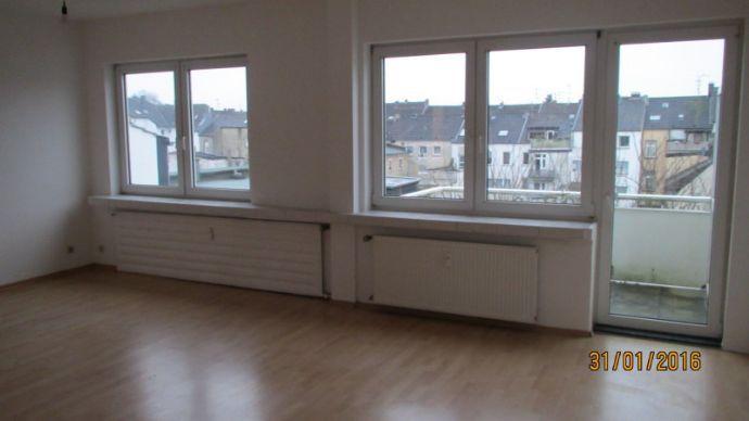 Helle - großzügige 3- oder auch 4 Zi-Wohnung in gepflegtem modernem Haus