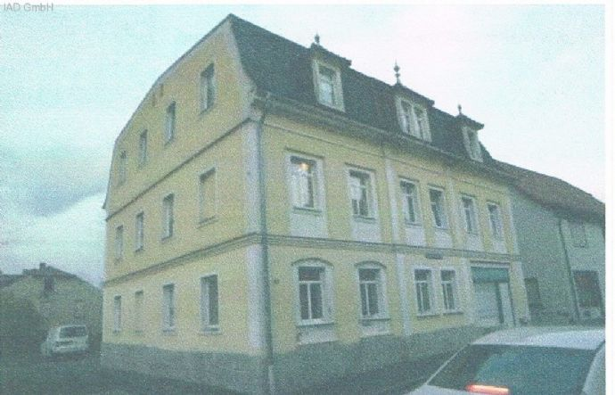 Haus mit 3 Wohnungen