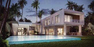 Villa in Weston