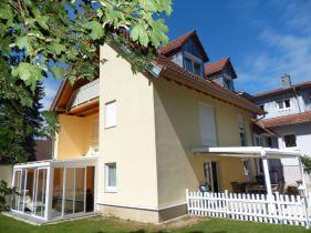 Zweifamilienhaus in Müllheim  - Müllheim