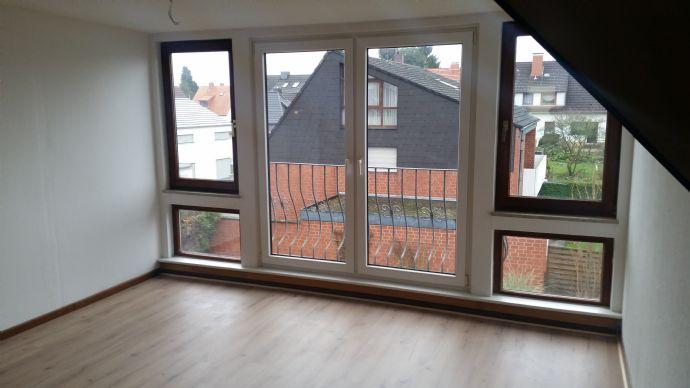 *** Schöne und helle 3 Zimmerwohnung in Holtensen (Altdorf) ***