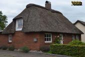 Verkauf eines gepflegten Reetdachhauses mit Carport in Nordseenähe nahe Tönning