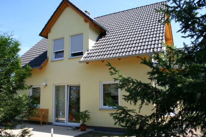 Verwirklichen Sie Ihren Traum vom eigenen Heim auf diesem schönen Grundstück in Thiendorf OT Sacka