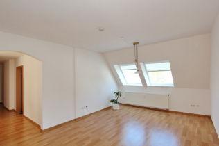 Dachgeschosswohnung in Büren  - Büren