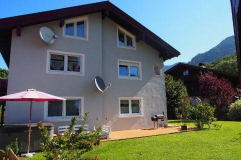 Drei Familienhaus in idyllischer Randlage