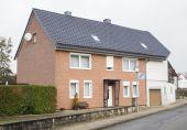 Schönes Einfamilienhaus mit Einliegerwohnung in Neuhof