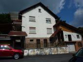 Jossgrund OT: Zweifamilienhaus zum Renovieren: Energieausweis in ERstellung