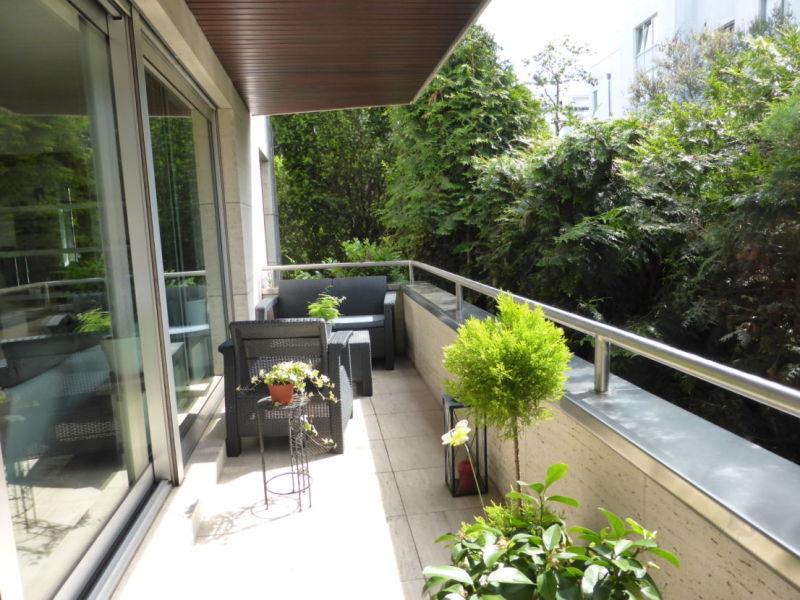 5-Zi.-Komfortwohnung mit Miele-EBK und Südbalkon in sehr hochwertigem Wohnhaus