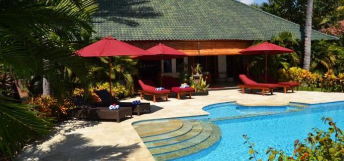 Traum Strand-Villa direkt am Meer, Nord Bali