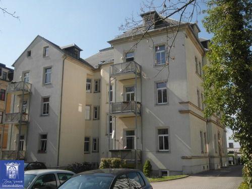 Ausgepasst! Wunderschöne Stadt-Wohnung mit hübschen Balkon in zentraler Lage!