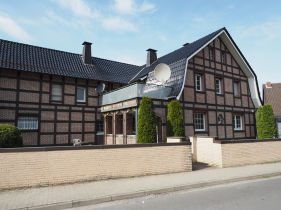 Etagenwohnung in Porta Westfalica  - Neesen