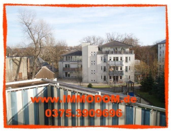Schön geschnittene 2-Zi. Wohnung mit Balkon und EINBAUKÜCHE