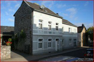 Mehrfamilienhaus in Aachen  - Krauthausen