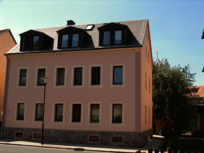 Saniertes Mehrfamilienhaus