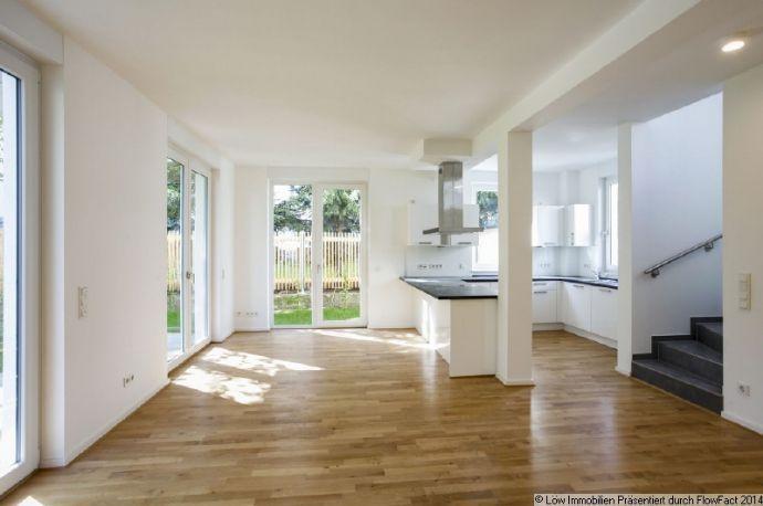 Wohlfühloase in Stadtnähe! Reihenhaus mit 6,5 Zimmer, Gäste WC & Terrasse