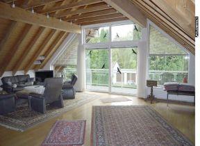 Dachgeschosswohnung in Mönchengladbach  - Eicken