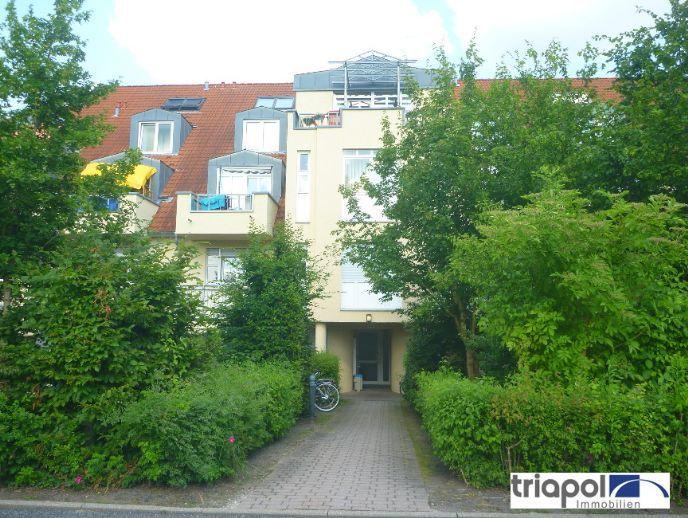 Großzügige 2-Zi-Maisonettewohnung mit Balkon und großer Wohnküche am Stadtrand.