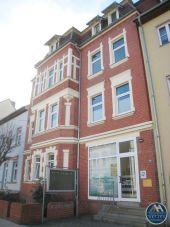 4-Zimmer-Wohnung in der Nähe des Klinikums zu vermieten