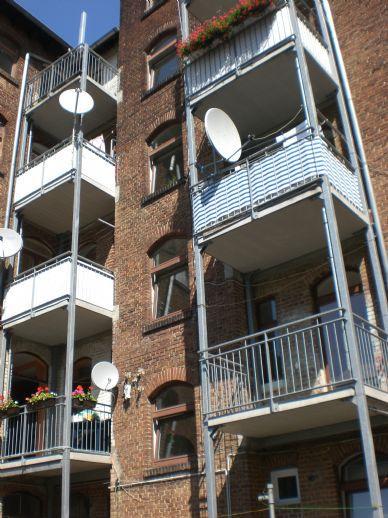 ---   TOP ANGEBOT   ---   3 Zimmer mit Balkon, WG geeignet   ---   PROVISIONSFREI   ---