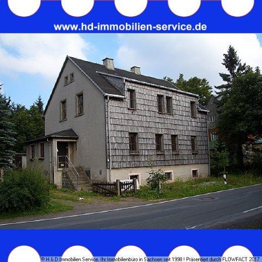 Großzügiges Zweifamilienhaus für zwei Generationen gesucht ?