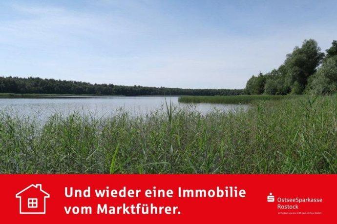 ... mit eigenem See und Wald!