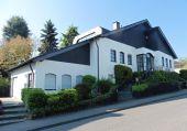 Repräsentatives Einfamilienhaus mit Einliegerwohnung in sehr guter Wohnlage...