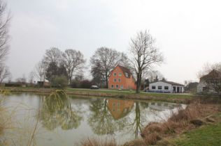 Mehrfamilienhaus in Gremersdorf-Buchholz  - Angerode